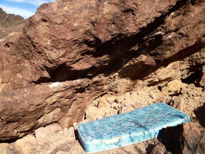 Rock Climbing Photo: Yuk!