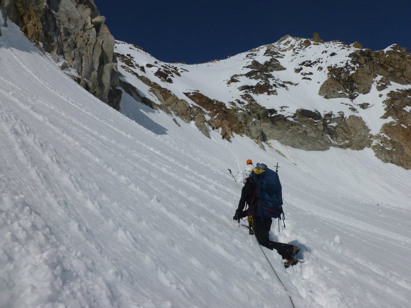 This shows the route heading up to the colouir that feeds to the ridge/saddle.
