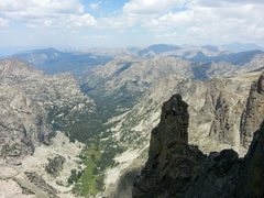 Rock Climbing Photo: Some friends on the Bishop's Sceptor after Matt an...