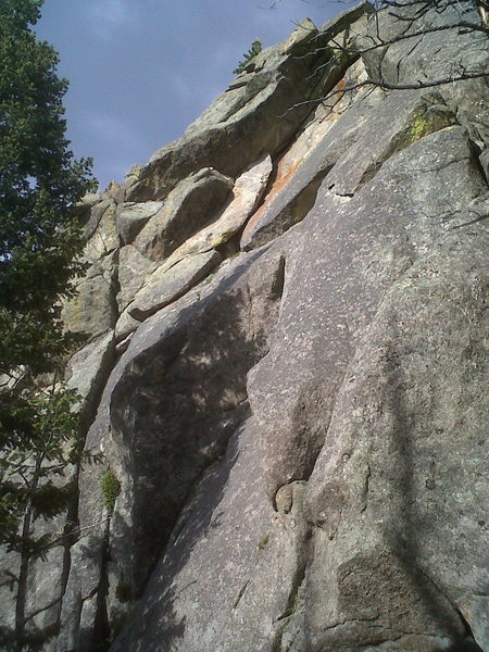Rock Climbing Photo: Reach for the Sky climbs the nice crack in the lef...