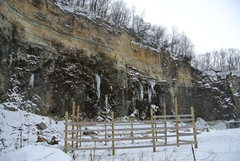 Rock Climbing Photo: Right side of Todd's quarry looking grim 1-05-13.