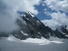 Rock Climbing Photo: A view of the summit pyramid (I Know of no routs o...