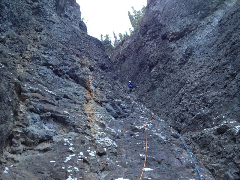 Half way through pitch 7. One more pitch to go and we will be on top of the buttress.