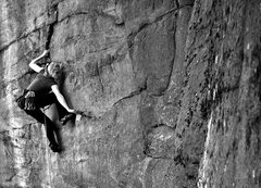 Rock Climbing Photo: Lindsay powers through the Pockets of Resistance (...