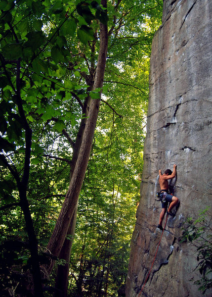 Rock Climbing Photo: Matt on Pockets of Resistance (5.12) in Kaymoor ar...