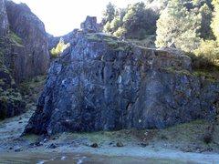 Rock Climbing Photo: The Memorial Wall.