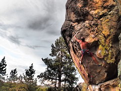Rock Climbing Photo: Trying to onsight 12a at Holcomb Valley Pinnacles.