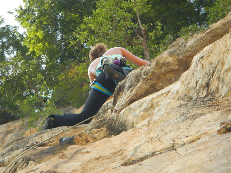 "Rock Climbing Photo: Lindsay Fixmer leading pitch 2 of ""Monsoon&qu..."