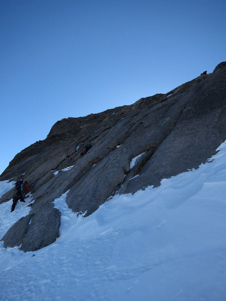 Rock Climbing Photo: Overview of route, from west. Another group at anc...