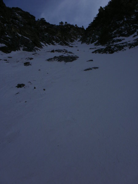 Rock Climbing Photo: From just above the small ice fall, pretty low on ...
