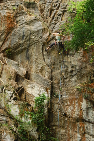 "Rock Climbing Photo: Veronica Robertson leading ""Triathlon"" 5..."