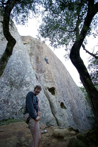 Top roping Lower Tier, Amazing Face at the Boy Scout Rocks of Mount Diablo State Park