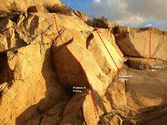 Rock Climbing Photo: Beach Wall Right Topo