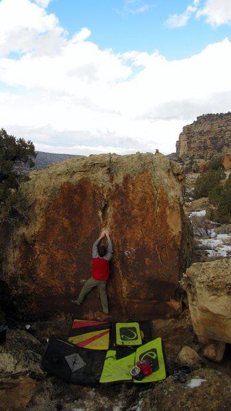 Rock Climbing Photo: The south-face of Pilgrim Boulder.