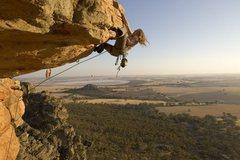 Rock Climbing Photo: Kachoong