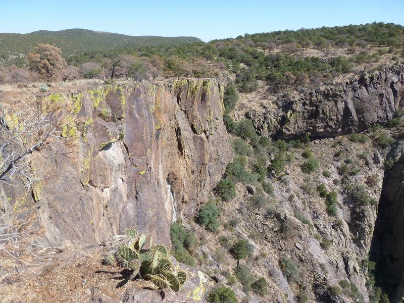 Rock Climbing Photo: e rim