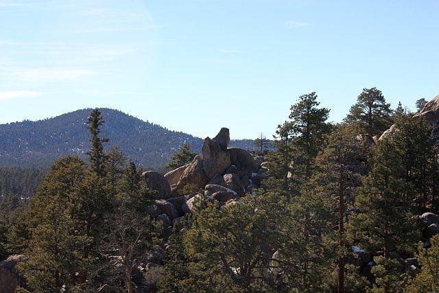 Rock Climbing Photo: Saddle Rock, Holcomb Valley Pinnacles