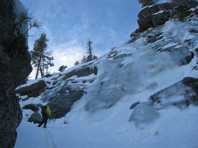 Rock Climbing Photo: At the start of P2 in pretty fat conditions.  The ...