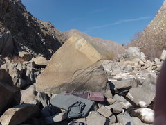 Rock Climbing Photo: Lower Kern river canyon bouldering : The Temple le...