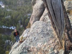 Rock Climbing Photo: Lindz heading down the dead tree ledge rappel