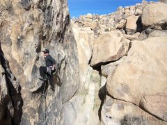 Rock Climbing Photo: Just above the crux of this short but sweet climb