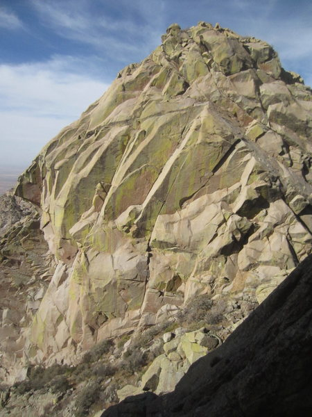 South face of 6th Low Horn. There are some interesting and bold cracks here. I saw a bail biner on one.