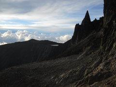 Rock Climbing Photo: Midget Peak and Hut Tarn