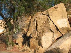 Rock Climbing Photo: Dynamite Boulder, Mt. Rubidoux
