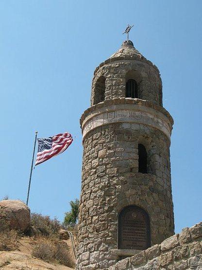 Rock Climbing Photo: World Peace Tower, Mt. Rubidoux