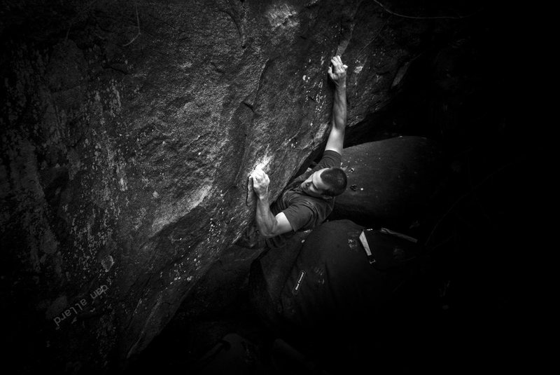Adam enjoying a Light Shag (v3) on Nockamixons notorious diabase. Haycock Mountain, PA. September 2012. danallardphoto.com