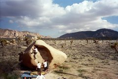 Rock Climbing Photo: Chip on The Womb in Joshua Tree NP, CA. March 2005...