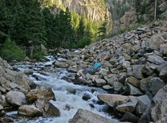 Rock Climbing Photo: Crossing Boulder Creek to climb