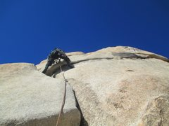 Rock Climbing Photo: Starting up Toe Jam in Joshua Tree. What a fun, me...