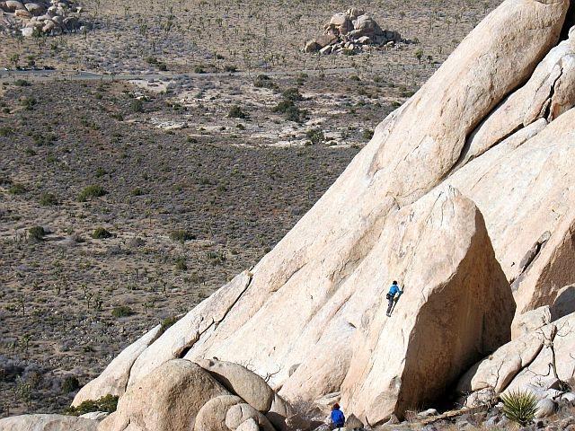 Rock Climbing Photo: Eileen (5.7), Joshua Tree NP