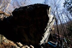 Rock Climbing Photo: Leviathan V6 20 Ft, Mt. Yonah Parking Lot Boulders