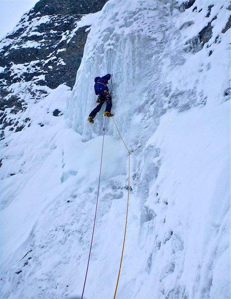 Rock Climbing Photo: Starting P2 crux