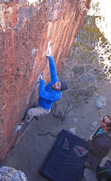 Mike gets the rounded hueco<br> Oriface Affair (V1/V2)