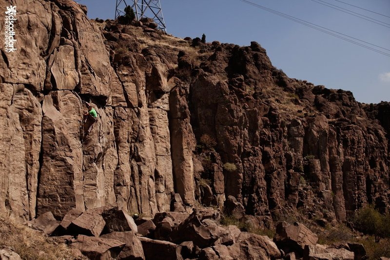 Rock Climbing Photo: A free solo of Nurse Shark by Matt Lloyd. Photo by...