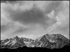 Rock Climbing Photo: Mt.Humphreys and Basin Mountain. Photo by Blitzo.