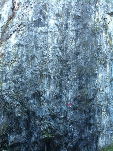 Josh Horniak clawing his way up Release the Lions .11c. Wreckage Wall. Auburn Quarry, CA.