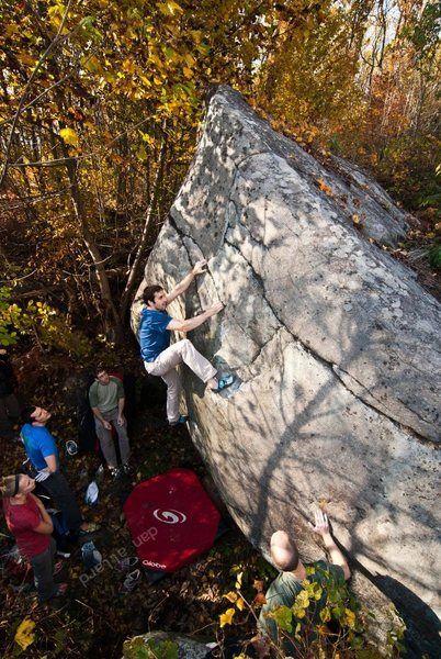 Vasya warms up with Savage Hand Orgy (v3). Nockamixon, PA. October 2012. danallardphoto.com