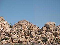 Rock Climbing Photo: Mt. Dutzi, Joshua Tree NP