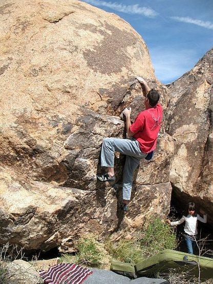 Bouldering near the Xenolithic Boulder, Joshua Tree NP