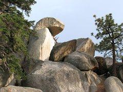 Rock Climbing Photo: An interesting rock formation, Holcomb Valley Pinn...