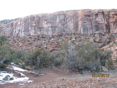 Rock Climbing Photo: Overview of Zappa Left. The farthest route on the ...