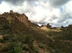 Rock Climbing Photo: View of Bark's Canyon Wall(on the left) from the B...