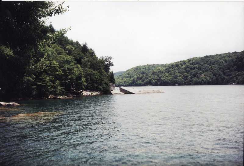 Rock Climbing Photo: Summersville lake