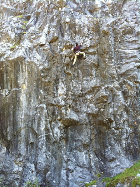 Big Will warming up on Destructomatic .11b, Wreckage Wall.