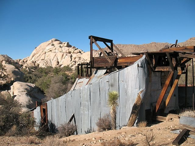 Rock Climbing Photo: The Stamp Mill, Joshua Tree NP