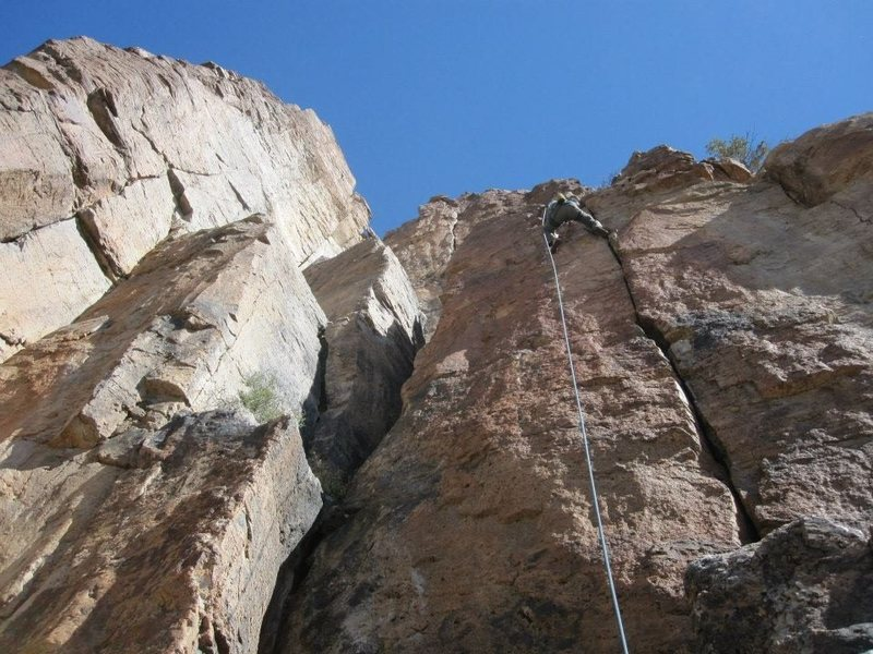 Following up a new route out in the Mojave Desert.  Info coming soon maybe?  Fun 5.10 hands and fingers.